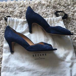 Sezane Peep Toe Scalloped Detail heels